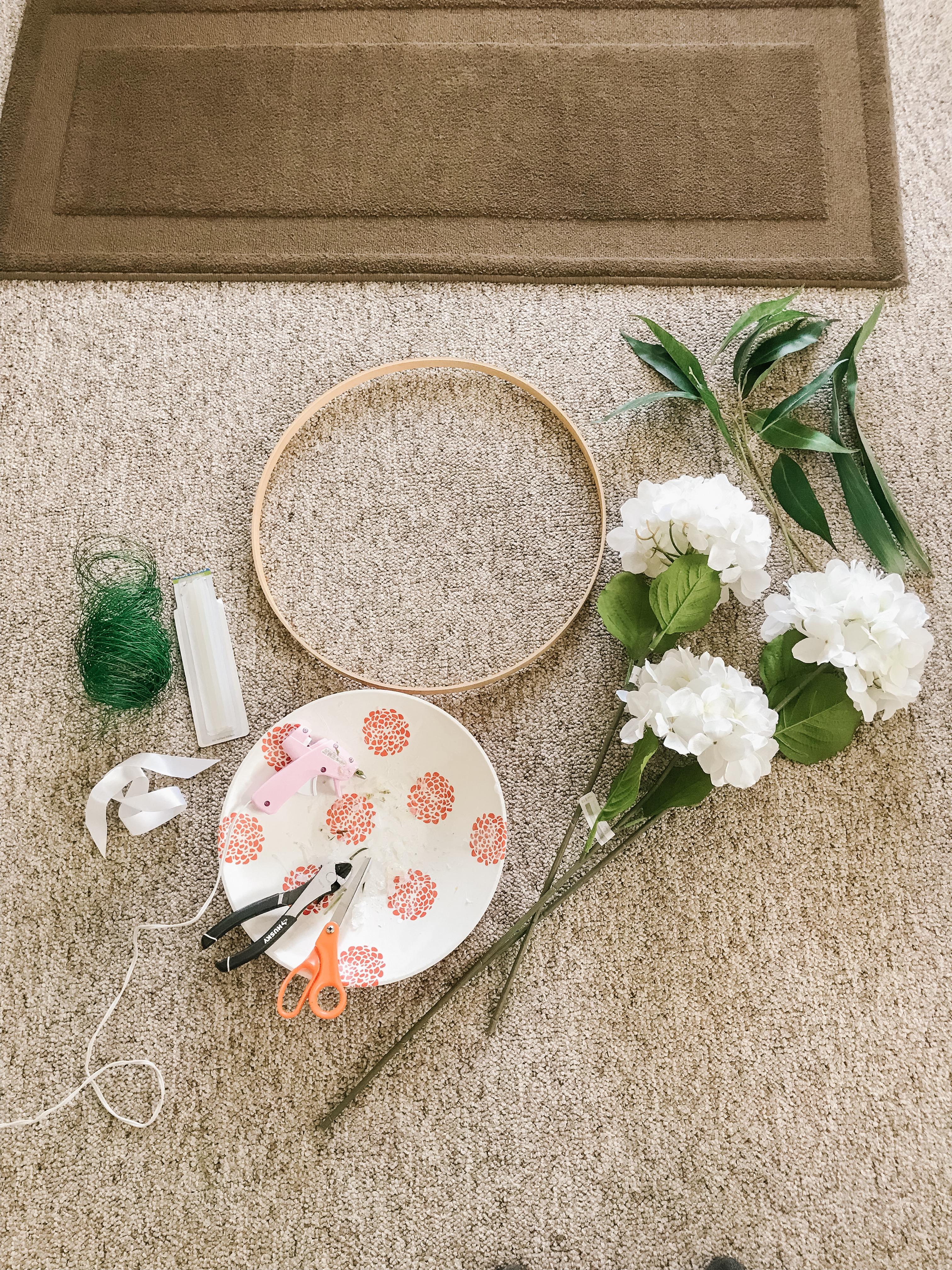 Jamie Krause, Home Living, Crafts, Wreath, Seasonal, Tutorial, DIY, Kelowna, Okanagan, Canada, Decorator, Interior Decor, Designer